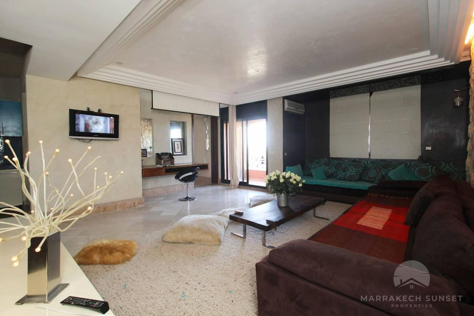 Architect apartment for rent in Hivernage
