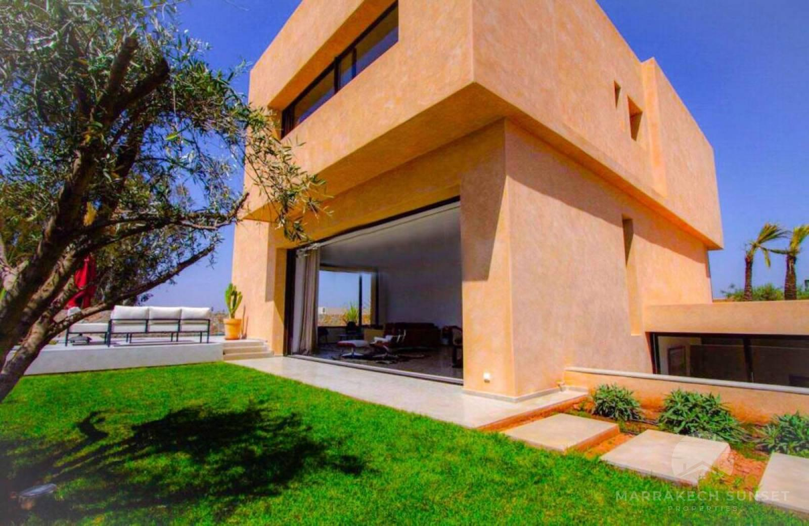 Modern Marrakech villa to Rent with pool in Amelkis golf club