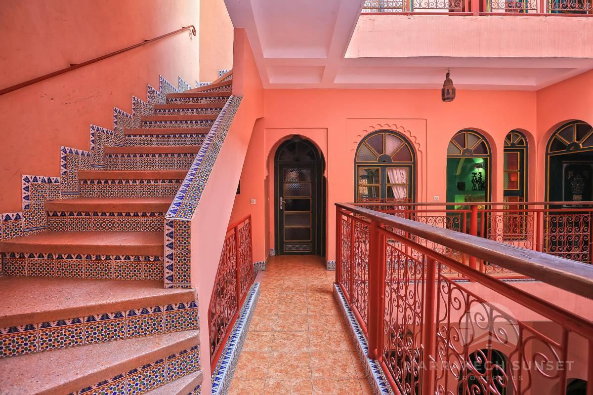 Un riad exceptionnel de 6 chambres à vendre près de La Place Jemaa el fna