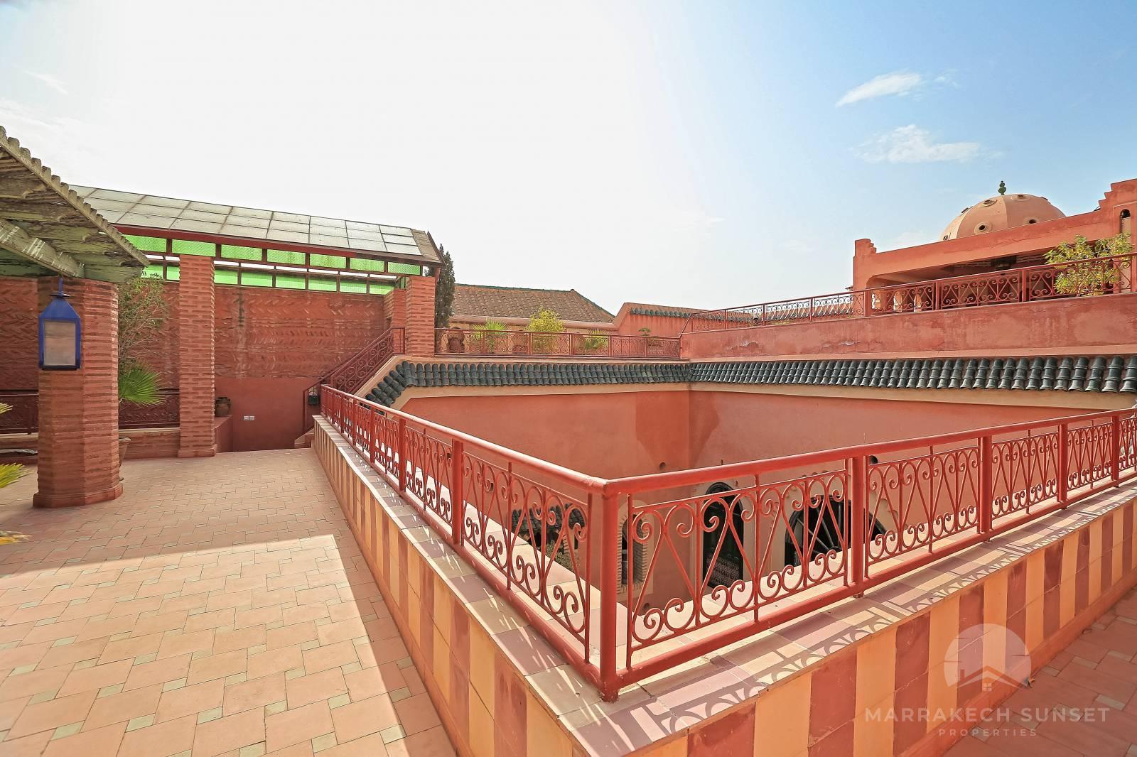 Beau Riad de 03 suites à vendre à Marrakech