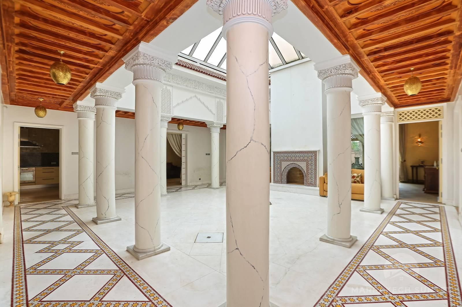 Luxury villa for sale in the residential Four Seasons Resort Marrakech