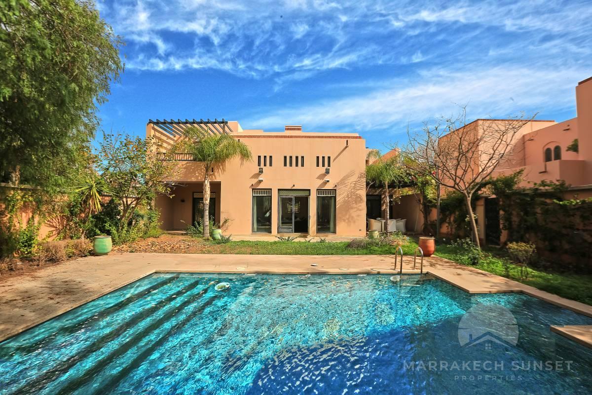Villa de luxe à vendre Marrakech au cœur de la résidence du Four Seasons