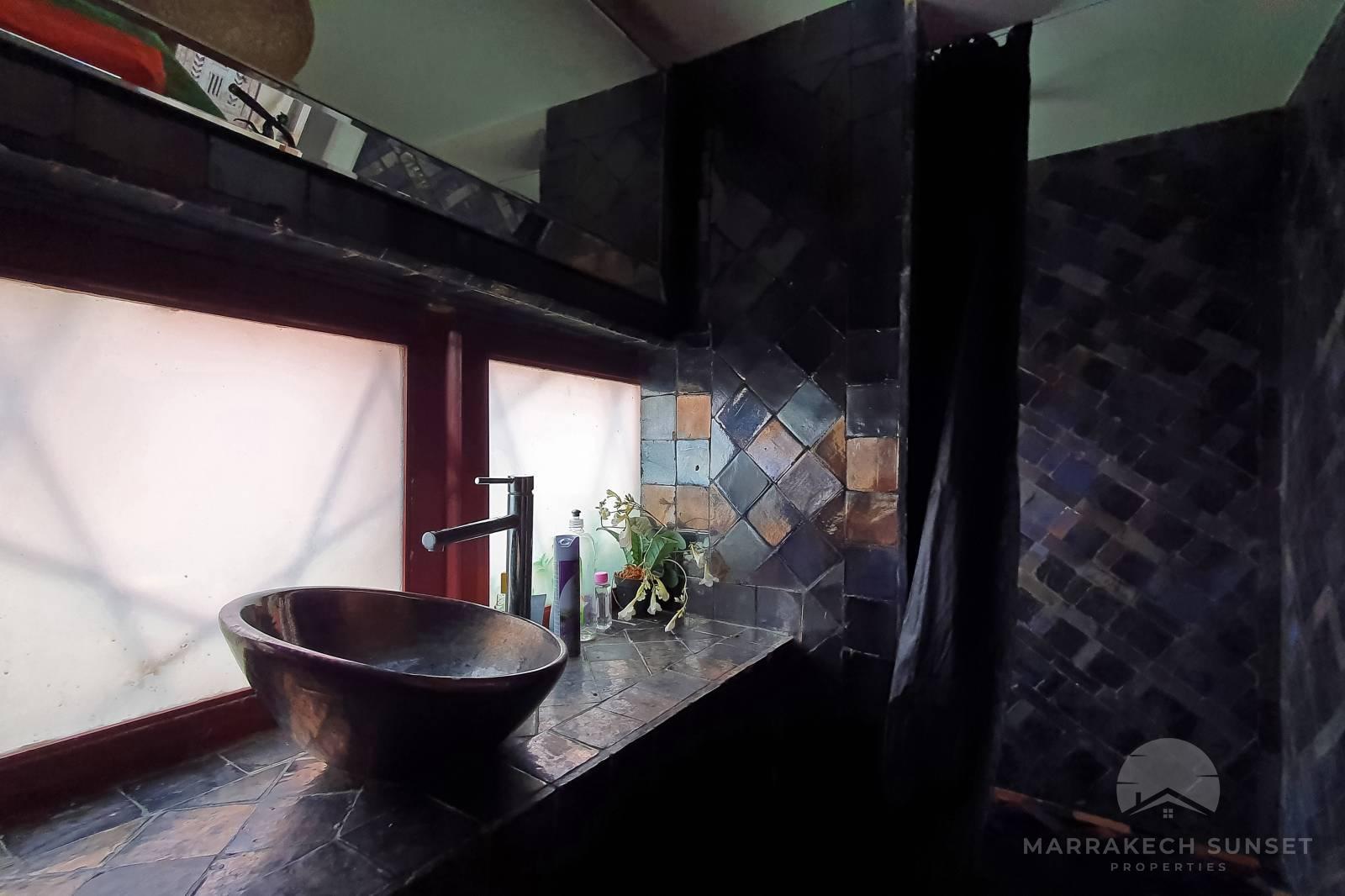 Stunning modernist luxury villa for sale Marrakech in the Palmeraie